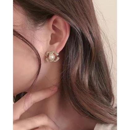 SMALL FRAGRANCE PEARL EARRINGS