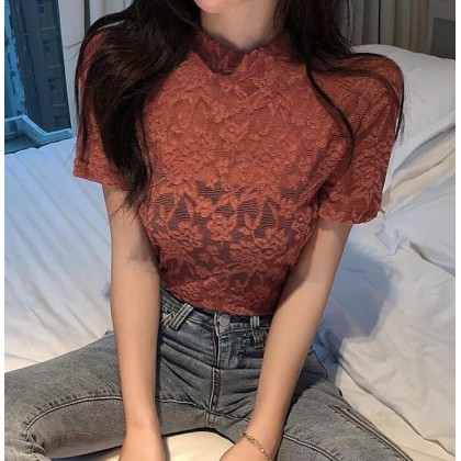 FRENCH COMFY LACE LADY TOP