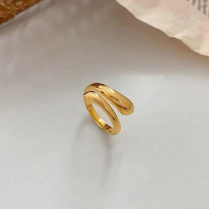 JAPANESE DOUBLE-LAYERED CROSS RING