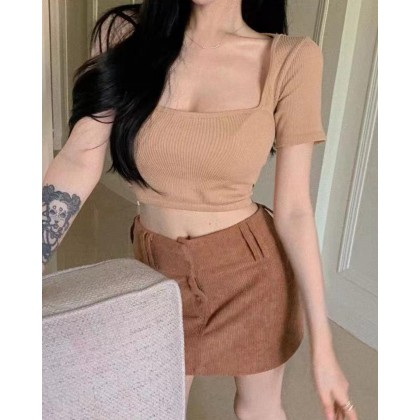 SIMPLE SHORT SLEEVE KNITTED CROP TOP
